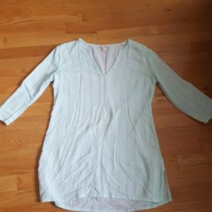 J. CREW WHITE GREEN 3/4 SLEEVES TOP